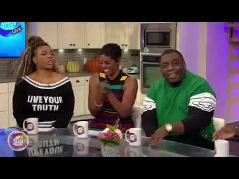 Popeyes Chicken sandwich and Kanye 😂😂