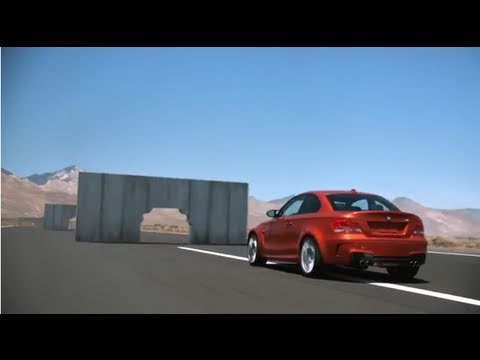 Video: BMW 1 Series M Coupé Versus Concrete Walls