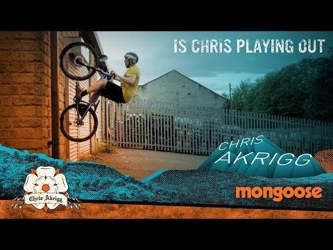acrobazie da pazzi in bici