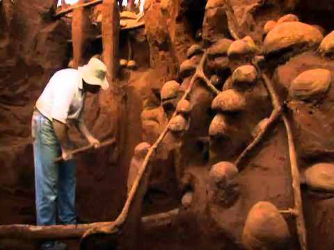 giant - From: Ants! Natures Secret Power A giant ant colony is pumped full of concrete, then excavated to reveal the complexity of its inner structure. Watch full vi...