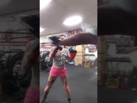 Joanna Angel preparing for Ellismania 14 (видео)