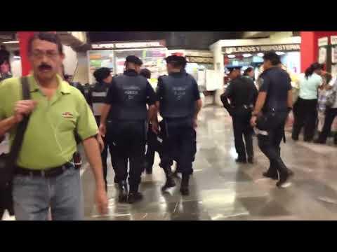 Misión rescate celular vías del metro DF