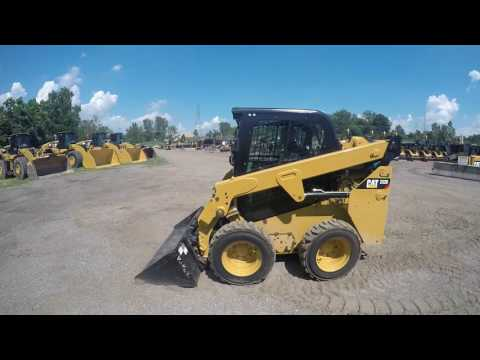 CATERPILLAR SKID STEER LOADERS 232D equipment video lGlnw0fcZuw