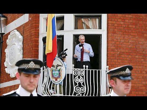 Μ.Βρετανία: Έτοιμος να παραδοθεί ο Ασάνζ αν δεν τον απαλλάξει ο ΟΗΕ
