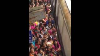 XxX Hot Indian SeX Indian Girls Waiting For Trains .3gp mp4 Tamil Video