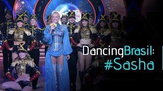 Bom estar com você, brincar com você... No palco do Dancing Brasil, Xuxa revisitou o passado, saiu da nave e deu um show de...