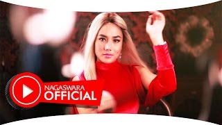 Video Ayu Maharany - Cowok Ayam Kampung (Official Music Video NAGASWARA) #music MP3, 3GP, MP4, WEBM, AVI, FLV Juli 2018