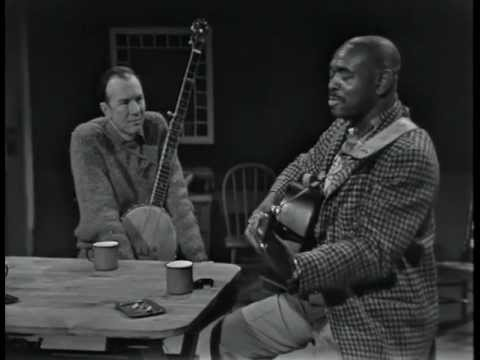 Brownie McGhee - Don't Pity Me online metal music video by BROWNIE MCGHEE
