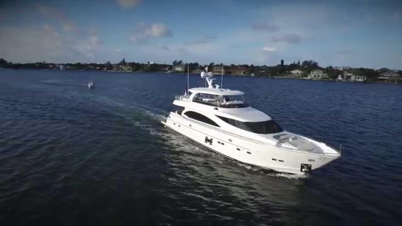 E88 Yacht