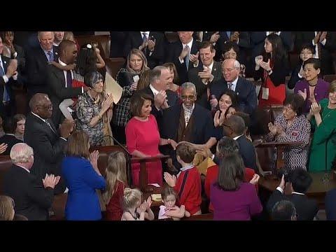 ΗΠΑ: Διαιρεμένο ξεκινά τις εργασίες του το 116ο Κογκρέσο