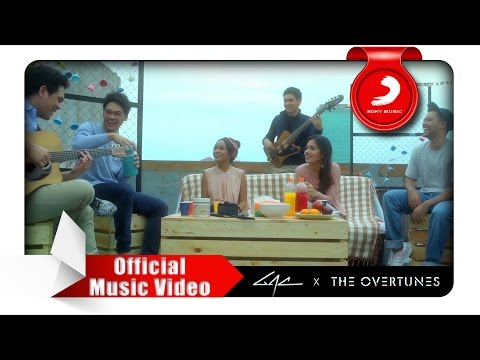 Video GAC x TheOvertunes - Senyuman & Harapan (OMPS. Cek Toko Sebelah) [Official Music Video] download in MP3, 3GP, MP4, WEBM, AVI, FLV January 2017