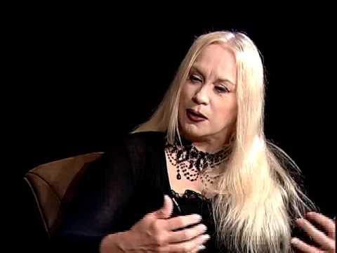 Talk Show - Almine, Interdimensional Traveler