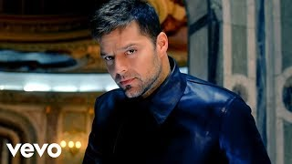 Ricky Martin - Frio ft. Wisin & Yandel (Video Oficial)