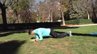 Plancha sobre codos con apoyo de rodilla