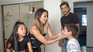 Video TXUNAMY GETS HER BELLY PIERCED PRANK ON DAD!! | Familia Diamond MP3, 3GP, MP4, WEBM, AVI, FLV Oktober 2018