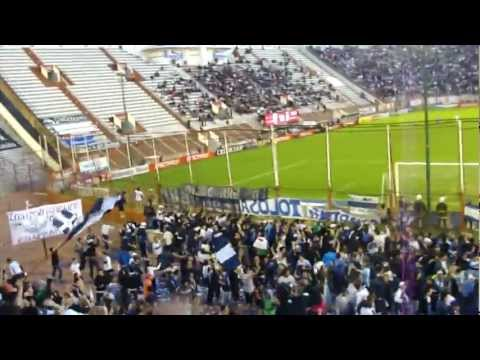 VENI AL BOSQUE TE ESPERAMOS CUANDO QUIERAS - La Banda de Fierro 22 - Gimnasia y Esgrima