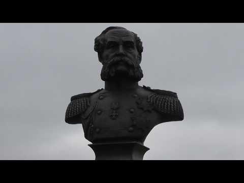 памятник адмиралу Путятину