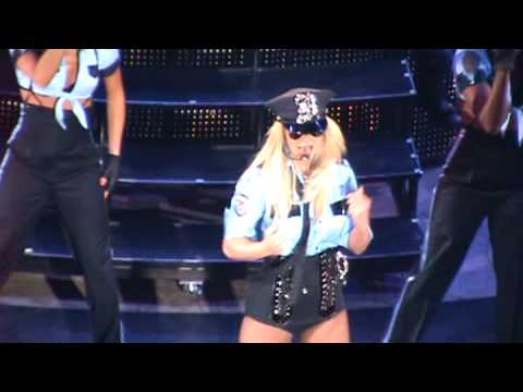 Britney screams at crazy fan...no one hears picture