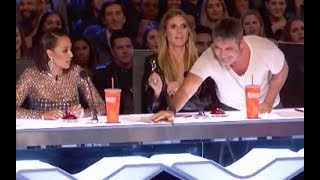 Video Deaf Singer Gets Simon Cowell's GOLDEN BUZZER | Week 2 | America's Got Talent 2017 MP3, 3GP, MP4, WEBM, AVI, FLV Juni 2018