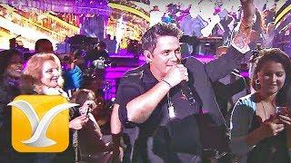 """El español Alejandro Sanz participa por cuarta vez en el famoso Festival Internacional de la Canción de Viña del Mar, tras su debut en el escenario de la Quinta Vergara en 1993, cuando con sólo 25 años se enfrentó al """"monstruo"""" con su gran éxito """"Si Tu Me Miras"""". Esta vez, en la 57º versión del evento musical de la Ciudad Jardín realizada en 2016, se presenta con su disco Sirope, sin dejar de lado la entrega de sus conocidas canciones, fruto de una consagrada carrera iniciada en 1989, en la que ha acumulando más de 25 millones de copias vendidas y el reconocimiento mundial con más de 20 premios Grammys.Encuentra más vídeos de ALEJANDRO SANZ en nuestro Canal Histórico...Recuerda, somos el Canal  Histórico del Festival Internacional de la Canción de Viña del Mar...Suscríbete! y síguenos en:https://www.youtube.com/festivaldevinachilehttp://www.youtube.com/subscription_center?add_user=festivaldevinachilehttp://www.vinadelmarchile.cl/Twitter @CanalHistorico https://twitter.com/CANALHISTORICOFun Page Facebook https://www.facebook.com/festivaldevinachile.""""Las cintas originales del Festival Internacional de la Canción de Viña del Mar se encuentran resguardados en el Archivo Histórico Patrimonial de la I. Municipalidad de Viña del Mar, Chile"""""""