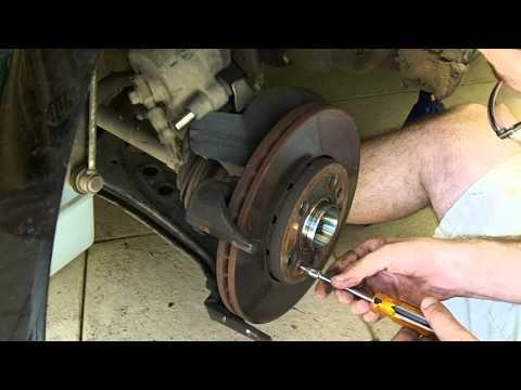 Troca do freio dianteiro (disco e pastilhas) VW Polo 9N3