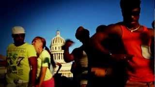 Yo Vengo De Cuba (versión salsa) Music and Lyrics: FClan Entertainment Dancers: FClan, Salsa House, Los Marqueses de la...