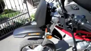 5. SCOOT2COMMUTE.COM SACHS XROAD 250 250cc SCOOTER - VIDEO 1
