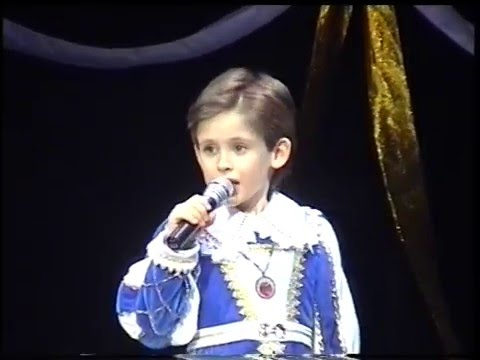 'O Sole Mio – 7-year-old Oleg Aleksandrov ( in Сhildren's Musical Theater )