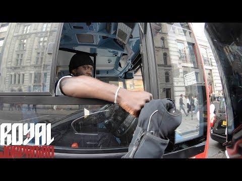 Водитель автобуса предотвратил наезд на пешехода