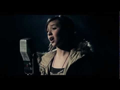 deep - http://tinyurl.com/rolling-itunes - iTunes Download Maddi Jane covers Rolling in the Deep originally recorded by Adele. http://www.facebook.com/maddijanemusi...