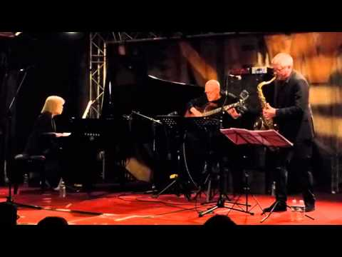 Carla Bley Trio - Andando El Tiempo (New Morning - Paris - October 21st 2015)