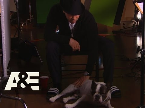 Wahlburgers: Donnie's Puppy Talk (Season 3, Episode 8) | A&E