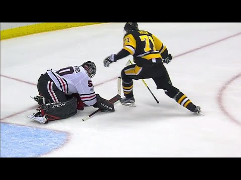 Video: Malkin given penalty after skating into Crawford's head