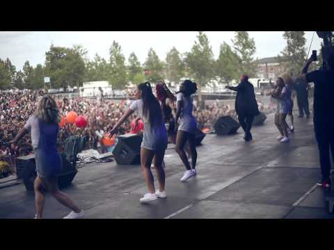 SECTION BOYZ LIVE @ WIRELESS 2015 WITH DRAKE, SKEPTA, RITA ORA, KREPT & KONAN, KATY B, STORMZY @SectionBoyz_