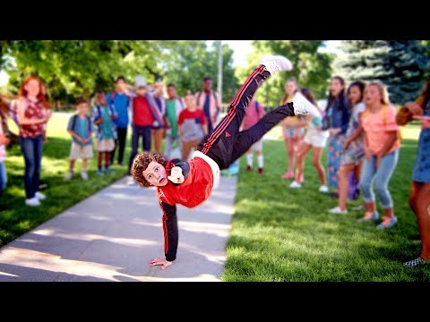 Video GRADE SCHOOL DANCE BATTLE II - The New Kids! 4K // ScottDW download in MP3, 3GP, MP4, WEBM, AVI, FLV January 2017