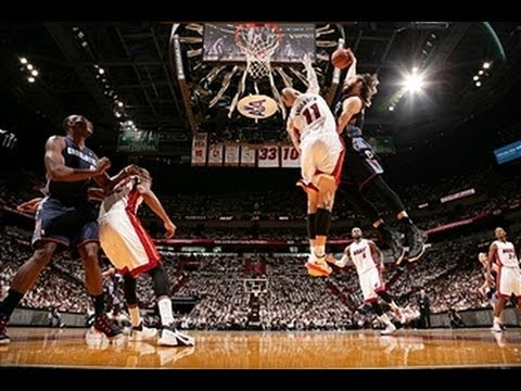 plays - Download NBA Game Time http://www.nba.com/mobile Count down the top ten plays from Sunday night's playoff games. Visit nba.com/video for more highlights. Abo...