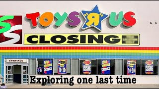 Video TOYS R' US IS CLOSING REACTION | EXPLORING ONE LAST TIME MP3, 3GP, MP4, WEBM, AVI, FLV Maret 2018