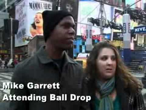 Times Square makes final preps for 2011 ball drop