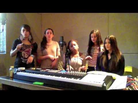 Tekst piosenki Fifth Harmony - American (cover) po polsku