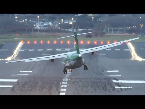 Crosswinds Throw Turboprop Airplanes Around During