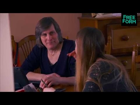 Becoming Us 1x04 Sneak Peek: Danielle & SallyDan    Freeform