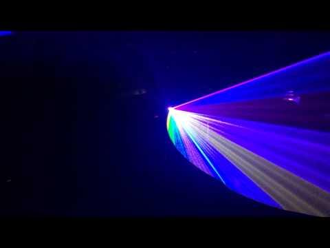 Đèn laser chiếu 32 màu sắc, pha trộn màu đẹp cho sân khấu