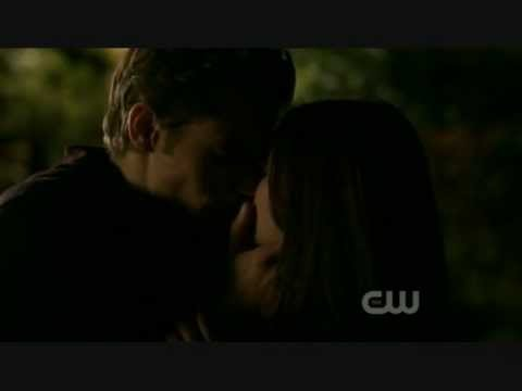 Stefan and Elena Sex Scene 1x10 The Vampire Diaries (видео)