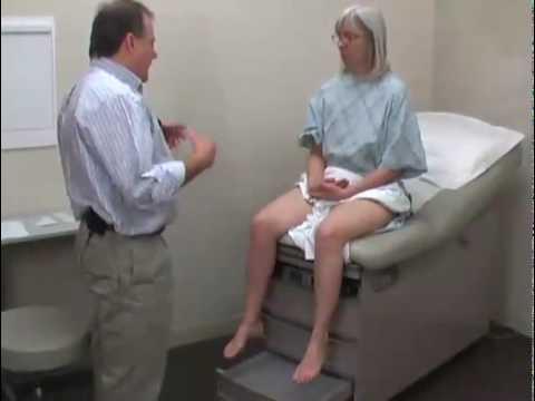 ginekolog-osmatrivaet-zhenshin