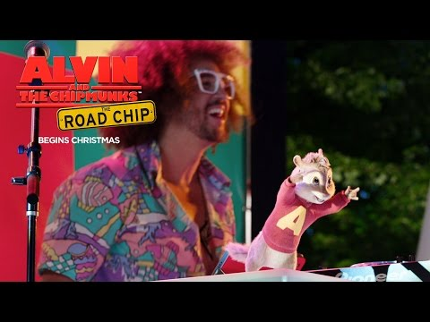 Alvin and the Chipmunks: The Road Chip (TV Spot 'Juicy Wiggle')