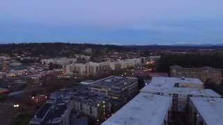 Testing out the Phantom 3 Standard again during twilight in Redmond Washington. Had a compass error mid flight and had to bring it back in manual mode. Thankfully I was able to recover the drown without incident.