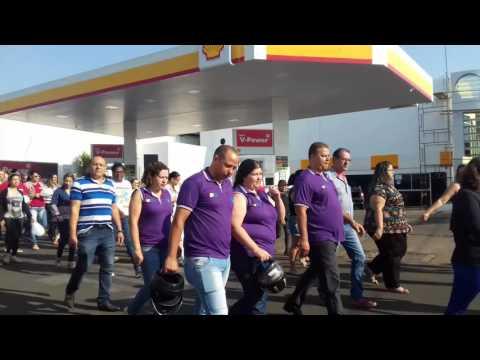 População faz manifestação por mais segurança no município de Mineiros (GO) - Part.02
