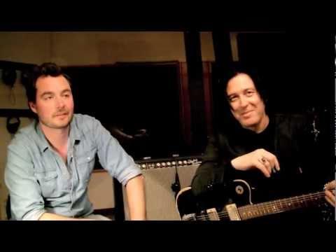 "Troy Van Leeuwen creates Flashback Delay TonePrint ""Warble Tape Delay"""