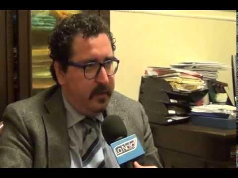 L'intervista spiega chi è il notaio-politico