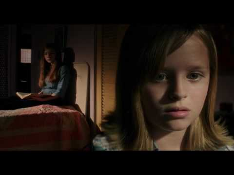 Ouija: Origin of Evil (Clip 'Board Trick')